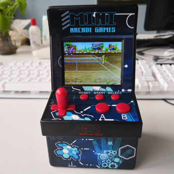 "220 in 1 Mini Arcade Game Console Retro Arcade Handheld Game Player with 220 16 bit Games 2.8"" Colorful Display Gift for Kid"