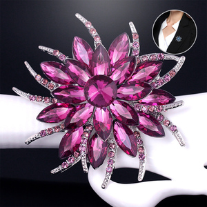 LNRRABC Women Brooches Charming Rhinestones Crystal Flower Shaped Brooch Pin Gift Clothes Accessories Fashion Jewelry