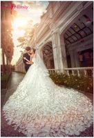 Beauty Emily Luxury Flower White Wedding Dresses 2017 Sweetheart Ball Gown Wedding Party Bridal Ceremony Dresses High Quality