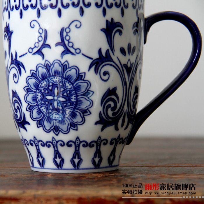 Classic blue and white large caliber large capacity breakfast cup glass ceramic mug cup ceramic cup in Mugs from Home Garden