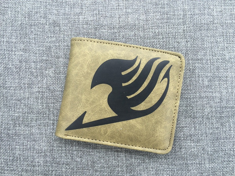 2016 Fairy tail tattoo logo cartoon animation surrounding the quality of short paragraph PU wallet wholesale purse sailor moon cartoon surrounding quality pu wallet short purse women gift wholesale anime figures action toys free shipping