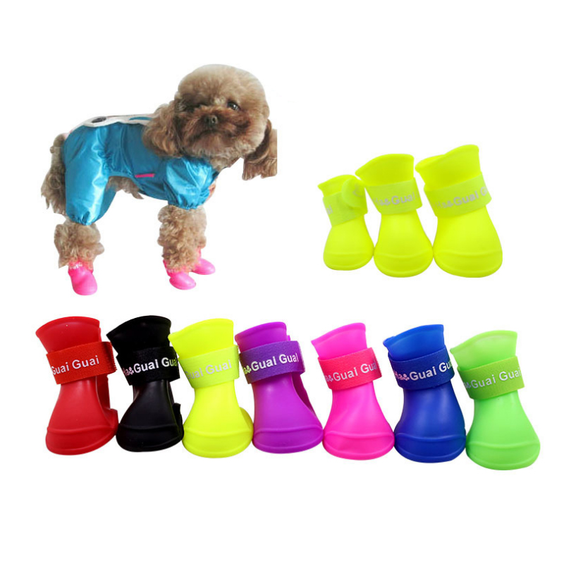 The Pet Dog Boots With Four Silicone Antiskid Shoes Wear Waterproof Shoes Candy Colored Pet Rainy Days Appear Essential