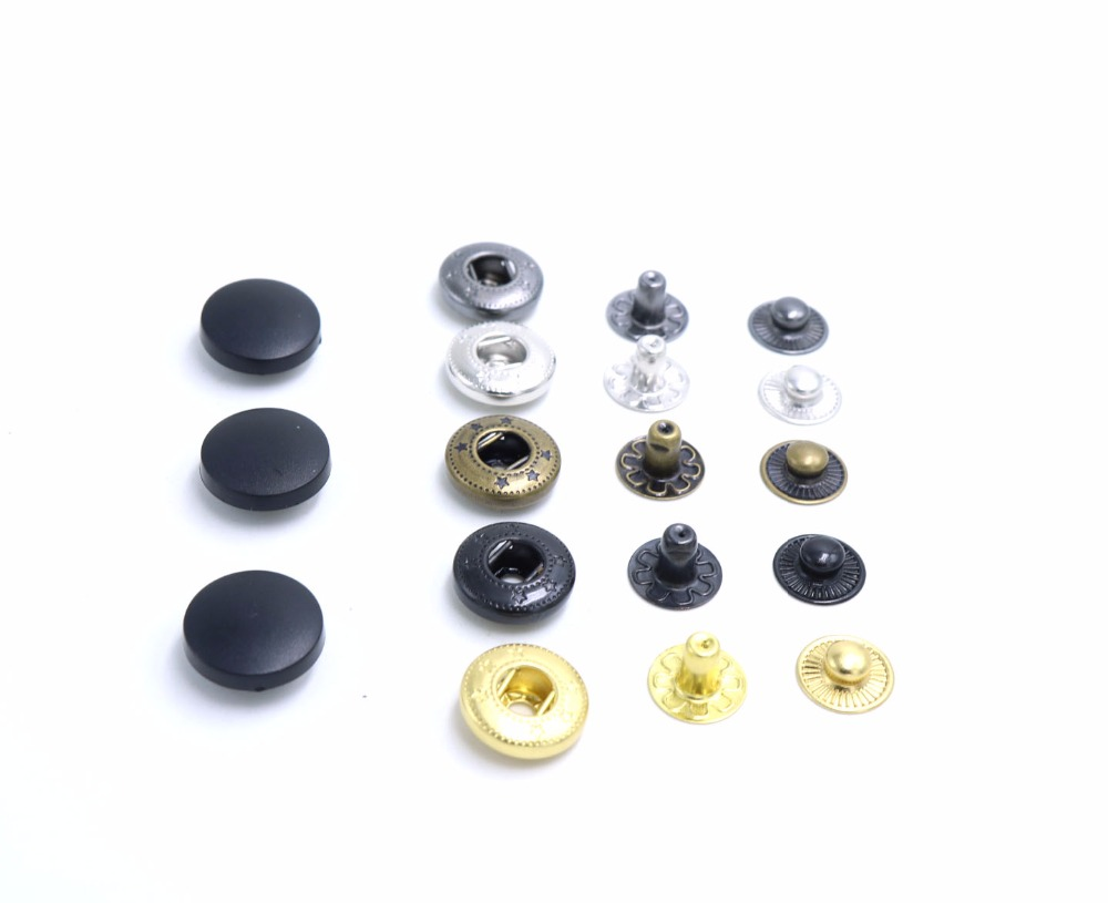 2018New plastic stud Buttons 50sets/lot Different Price Quality 12mm/15mm17mm/20mm brass Snap Fasteners Press Stud Sewing Button