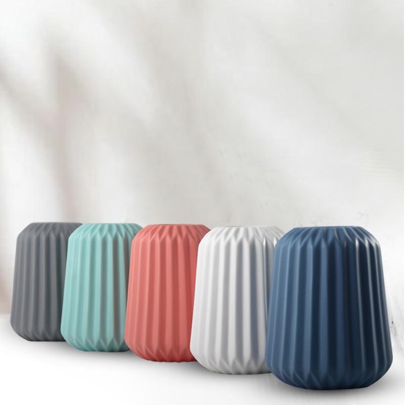 The Origami Ceramic Tabletop Vases 4