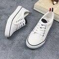 Zapatos de lona blancos femeninos de Corea handsome Vulcanizan Los Zapatos ocasionales planos de las mujeres