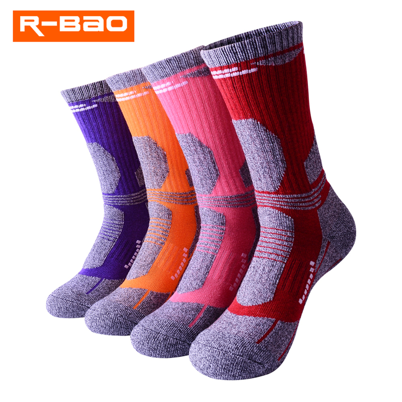 3 Pairs/Lot R-BAO 2018 New Thicken Outdoor Skiing Socks Men Women Breathable Thermal Terry Hiking Socks Mountaineer Sports Socks