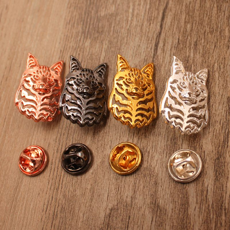 Mdogm 2018 Maine Coon Cat Animal Brooches And Pins Coat Suit Party Small Father Collar Badges Gift For Female Male Men BT009
