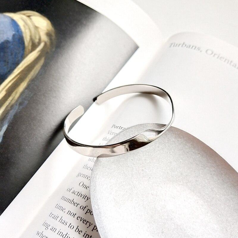 LouLeur 925 sterling argent Mobius bracelets argent mode distorsion conception ouvert réglable bracelets pour les femmes bijoux