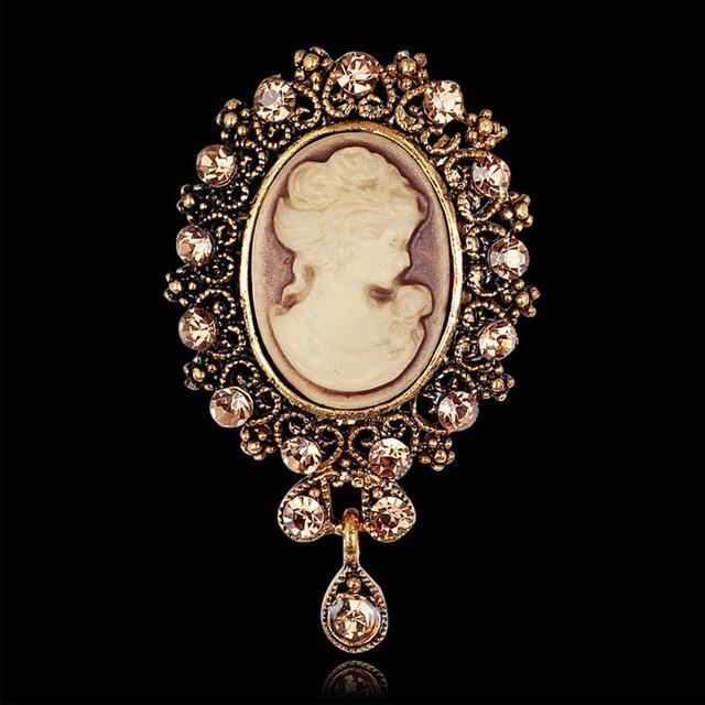 9eee59a7c098 Chic vintage joyería broche camafeo Pasadores belleza reina Victorian  Crystal rhinestone Navidad antiguo oro plata Broches