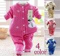 Retail 2017 primavera otoño invierno niños que arropan el nuevo estilo bebé niño niña set de 2 unidades de punto conjuntos de suéter de Muñeco de Nieve 7-24 m
