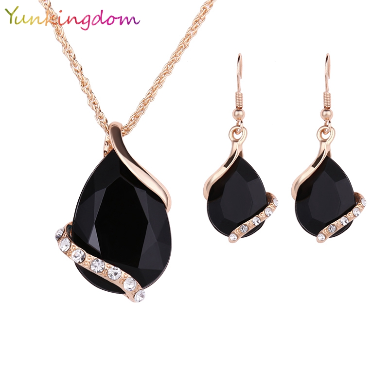 Yunkingdom Black Crystal Earrings Necklaces Sets Gold Color Jewelry Sets for Women Geometric Design Wedding Jewelry