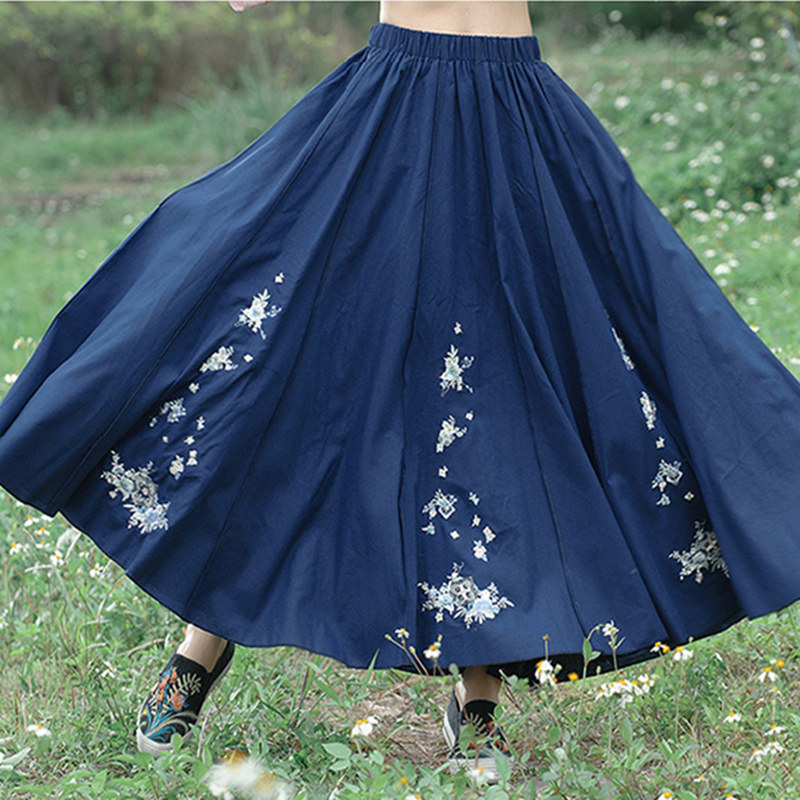 New Women Big Pleated Skirts 2018 Spring Summer Style Solid color Embroidery Elastic waist Skirt for