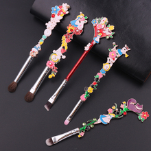 Luxury 5PCS/SET Makeup Brushes Set Alice in the Wonderland Forest Garden Plant Cosmetic Pro Foundation Makeup Brushes Tool Kit