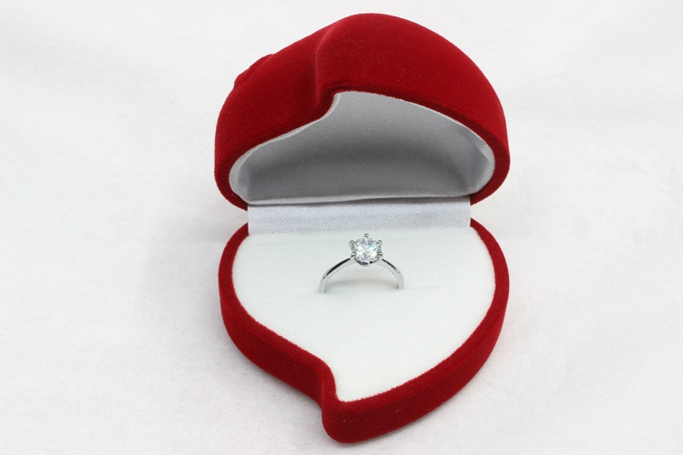 Red Heart Love Shape Wedding Ring Volvet and Acrylic Boxes for ...