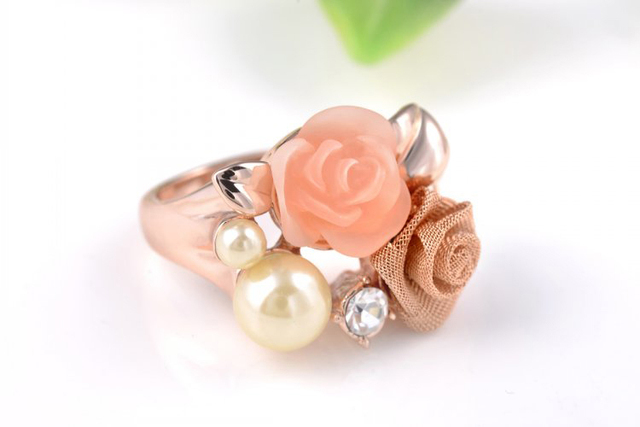 Austrian crystal Delicate Rose Gold Color