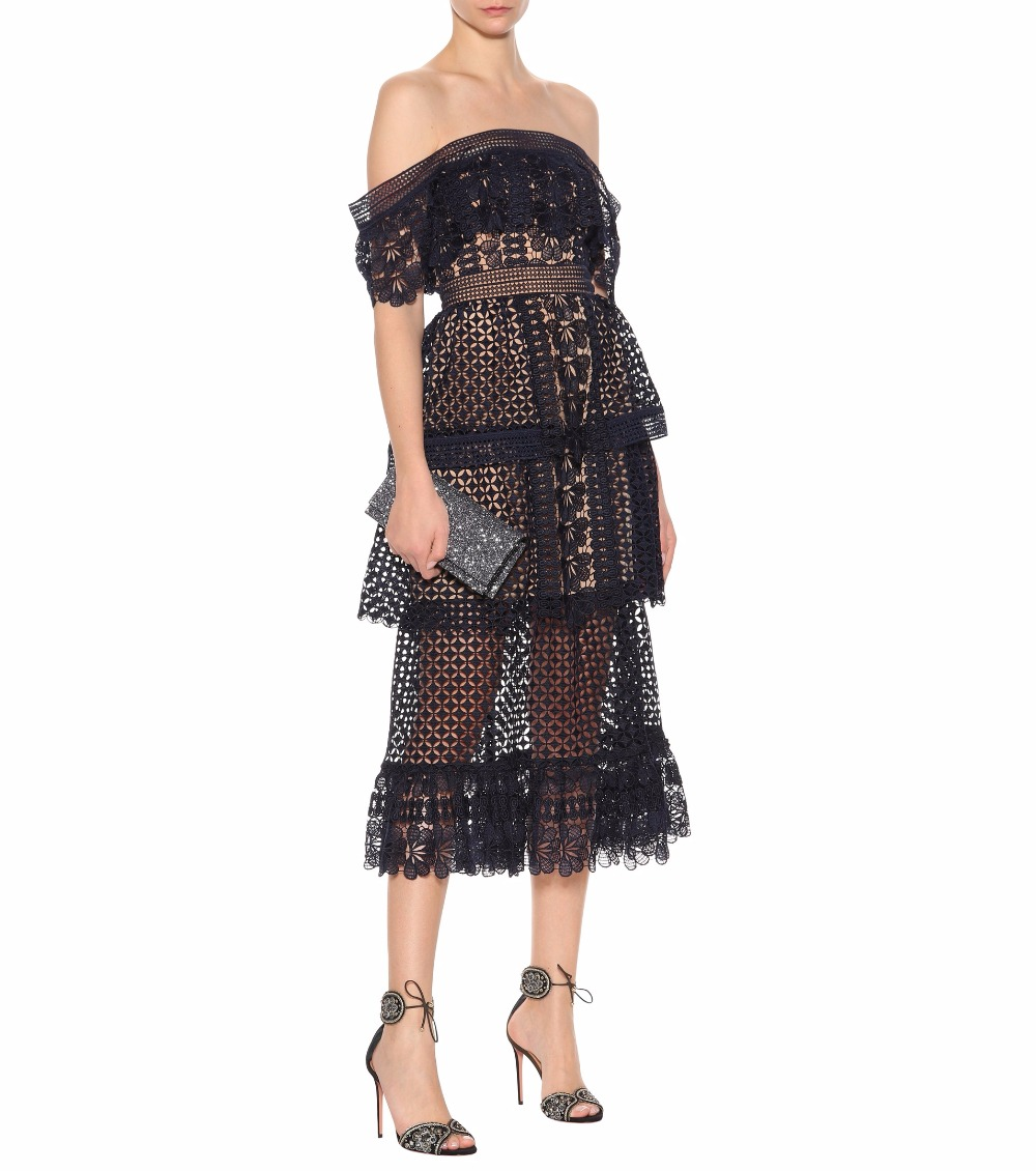 2018 New arrive off the shoulder Floral lace dress