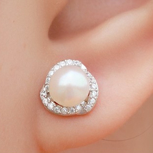 Fashion jewelrey accessories elegant wedding 18k Pt plated CZ diamonds rhinestone imitated pearl earrings for women lovers gift
