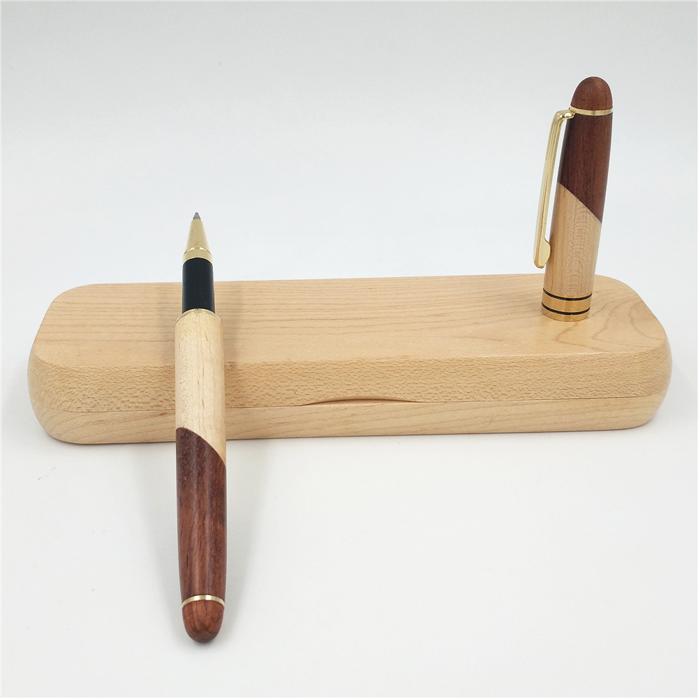 Wooden Pen with Case Set Office Desk Decoration Wood Engraving Gel Pen and Box Eco-friendly Hand-made Wood Craft Gift Box Sets factory exports metal green eco friendly beautiful home decoration desk lamp ce