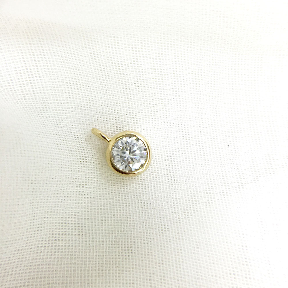 AEAW الحقيقي 10 الأصفر الذهب مدهش 2ct و 0.4 قيراط DF اللون مختبر نمت مويسانيتي الماس قلادة وقلادة ل النساء-في قلادات من الإكسسوارات والجواهر على  مجموعة 2