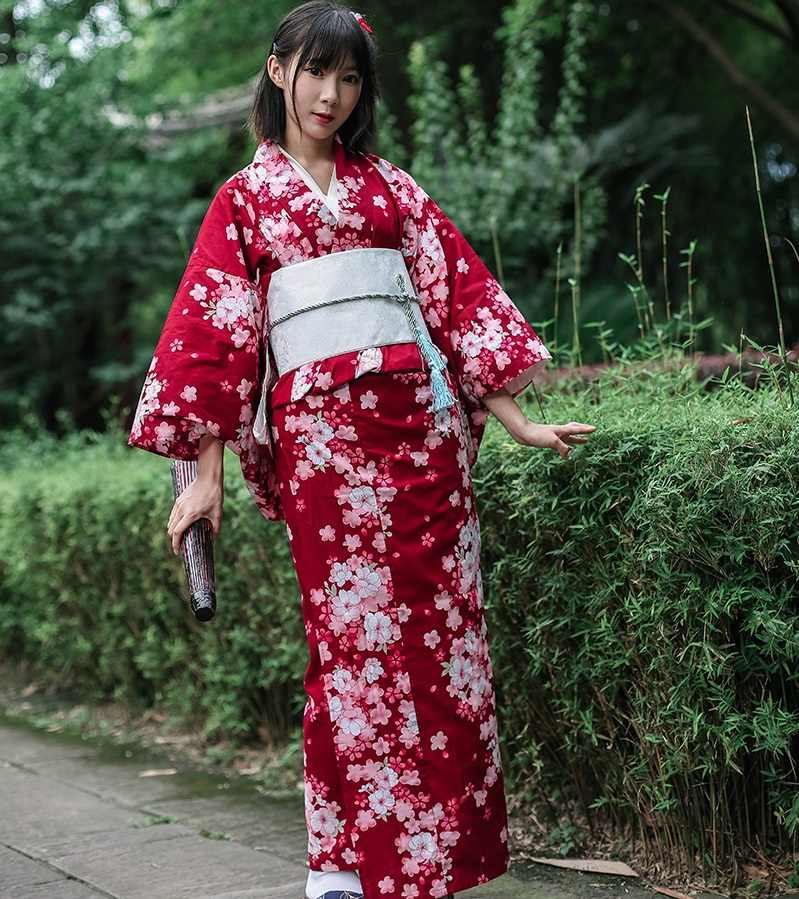0bbec778f ... Asian Traditional Japanese Floral Kimono with Obi Women's Cotton Bath  Robe Yukata Female Vintage Cosplay Costume ...