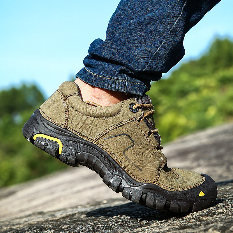 Men Outdoor Shoes sneakers for men genuine Leather travel walking hiking Shoes men sport camping climbing hiking shoes sneakers