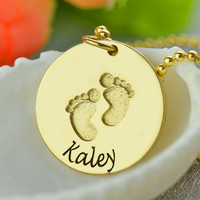 Women's Custom Baby Name feet Babyfeet Necklace Personalized Gold Color Necklaces Women Pendants Memory Gift to New Mom Collier