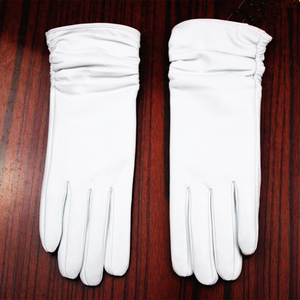Image 2 - Leather gloves sheepskin gloves white female models elastic thin cashmere lining weatherization armband sets free shipping 2018