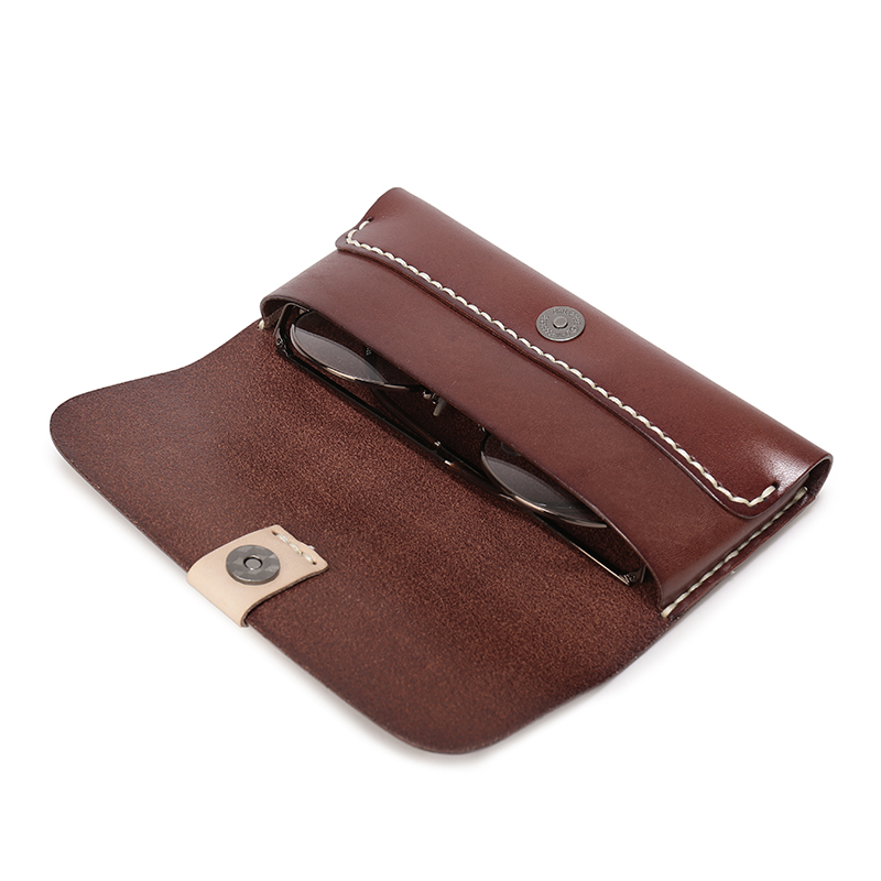 59563d185ed3 Men Women Handmade Thick Genuine Leather Eyeglass Case Clasp Vegetable  Tanned Leather Eyewear Sunglasses Case Phone Pouch Q021-in Wallets from  Luggage ...