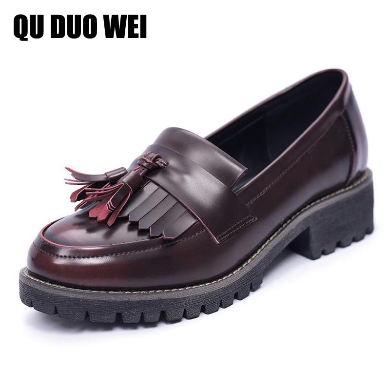 ФОТО High Quality Women Flats 2017 New Slip On Loafers For Women Oxfords With Tassel England Style Retro Creepers Shoes Woman
