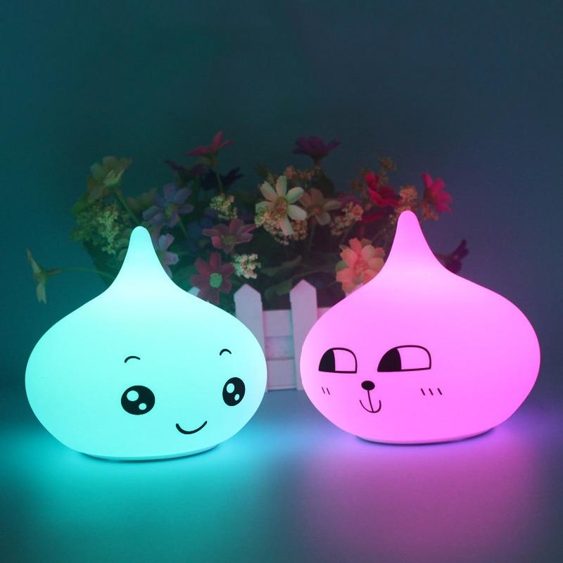 Luz de noche LED motion sensor de luz 5 V tap control 12*10,5 cm suave silicona bebé lámpara de noche para niños dormitorio lámpara de cabecera IL