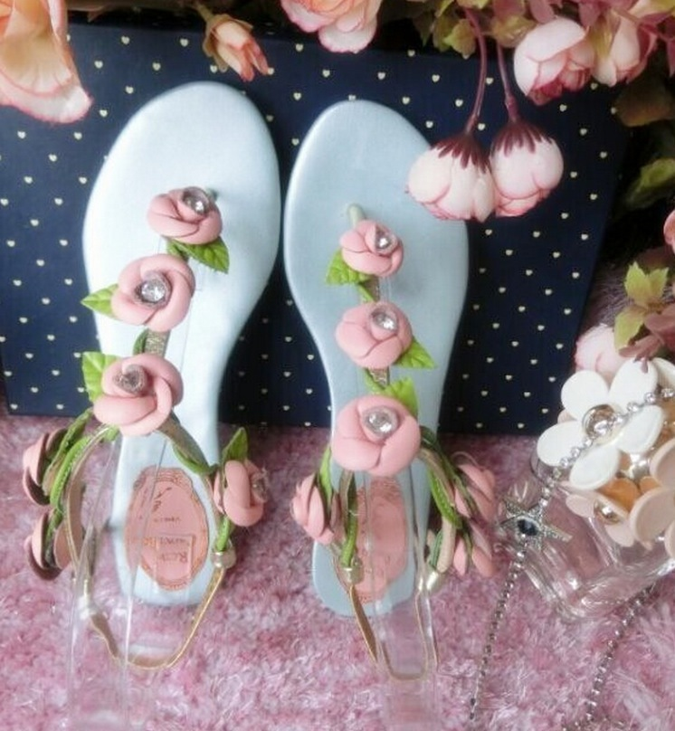 2fe535383ca80 2015 Women s Sandals Floral Rose Flip Flops Rhinestone Genuine Leather Blue  Rose Sweet Girls Sandals-in Slippers from Shoes on Aliexpress.com