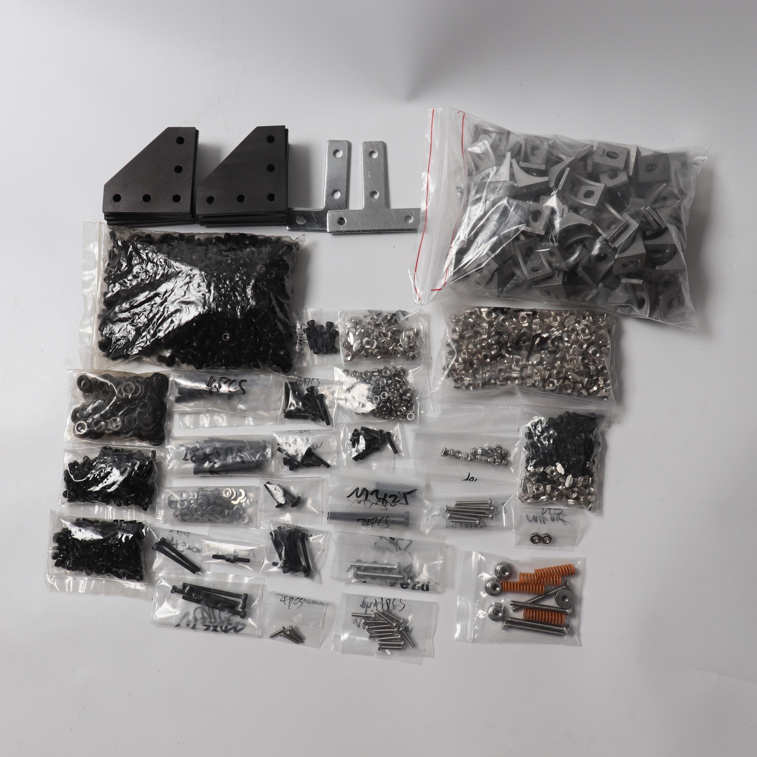 Kit de vis, écrous, équerres et coins complets Blurolls pour imprimante 3d BLV MGN Cube