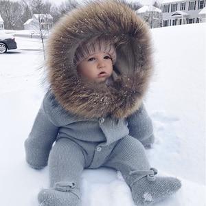 Image 1 - Combinaison de luxe avec col en fourrure de raton laveur, tricotée à capuche, vêtements à capuche pour bébés filles et garçons, barboteuses pour bébés, Vintage