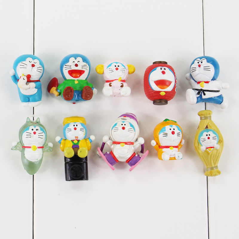10pcs/lot 1.5-3cm Anime Doraemon Figure Toy Doraemon Lantern Skating Table Tennis Mini Model Doll for Children