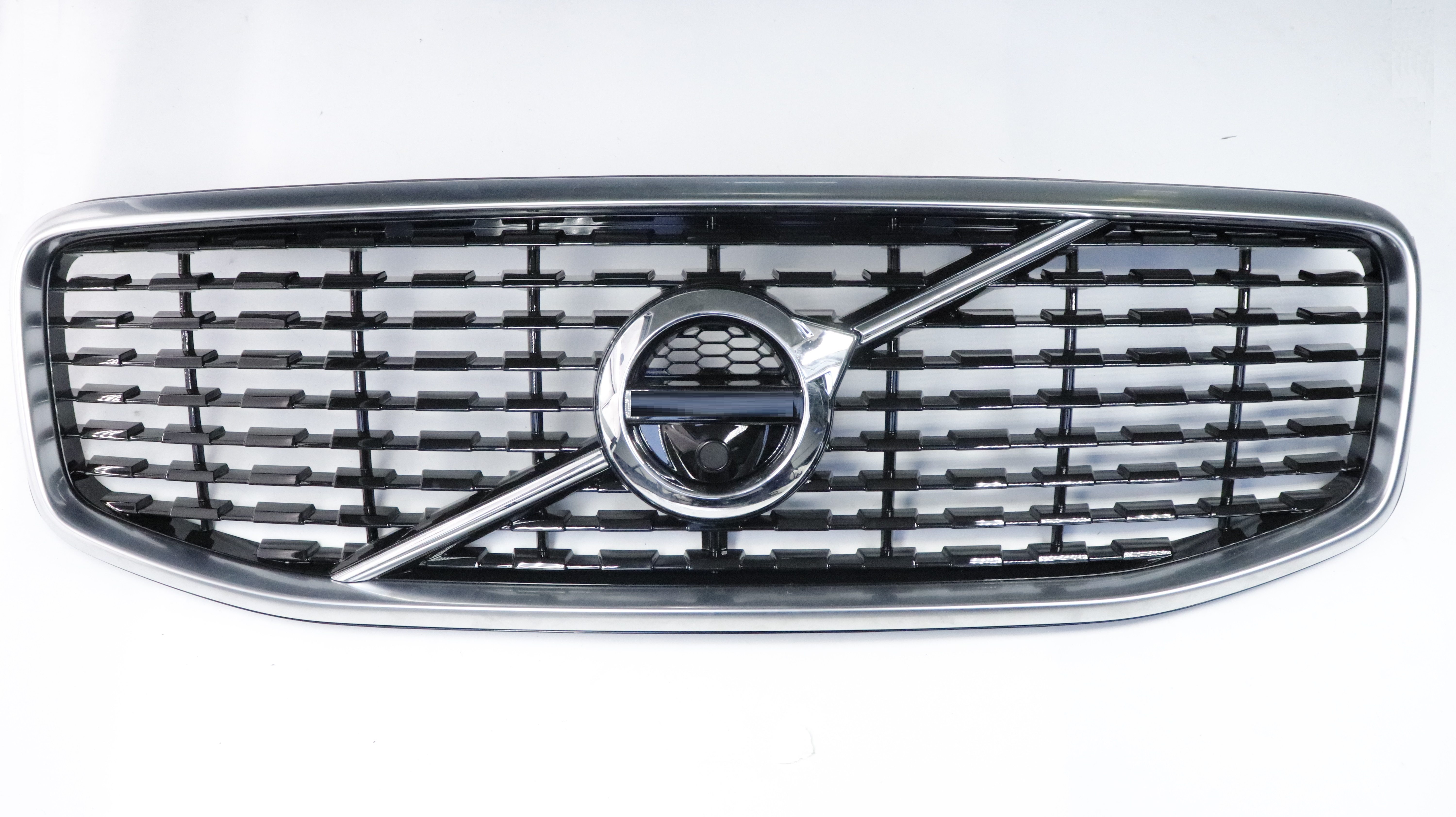 fit for Volvo XC60 2018   Genuine Quality Front upper Grille with camera hole  front bumper grille OE: 31457464-in Bumpers from Automobiles & Motorcycles    2