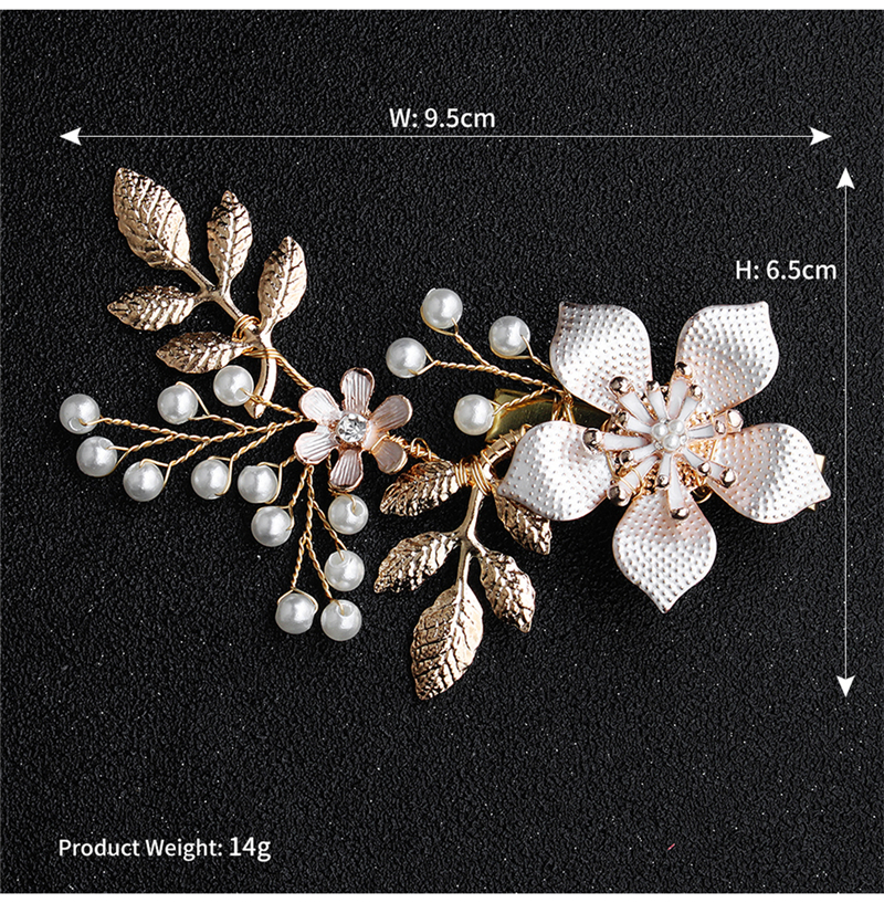 Купить с кэшбэком New Arrival Flower Wedding Hair Comb Pearls Headpiece Bohemia Wedding Accessories Ladies Headband Bridal Head Wear HD35