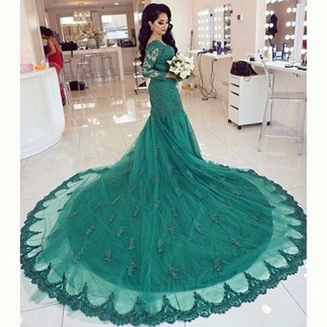 Saudi Arabia Long Sleeves Evening Gowns Western Styles Court Train Lace Long Tail Mermaid Wedding Party Dress