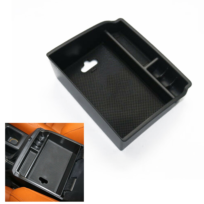 Popular Center Console Armrest Storage Box Organizer With Non-slip Mat