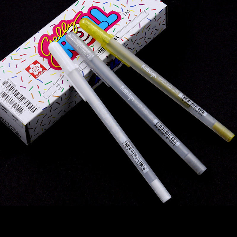 €330000 Bespaart 2pcs Japanese Brand Sakura 0.7mm White Gold Silver Ink Gel Pen Office School