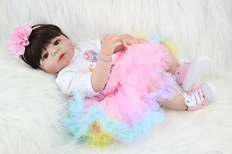 55 cm Plein Silicone Bebe Reborn Fille Poupée 22 Réaliste Nouveau-Né Bébé Princesse Toddler Belle Oeufs De Pâques Vêtements D'anniversaire cadeau