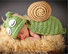 Retail New 2014 Hand Crochet Snail Set Newborn Photography Props Baby Hat and Cover Infant Animal Beanie Hats 1 set