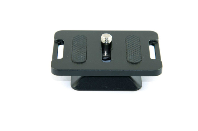 Dual-use FITTEST Manfrotto AMP-39 Quick Release Plate Arca-Swiss and Manfrotto 200PL-14 Bengo RC2 Plate Compatible