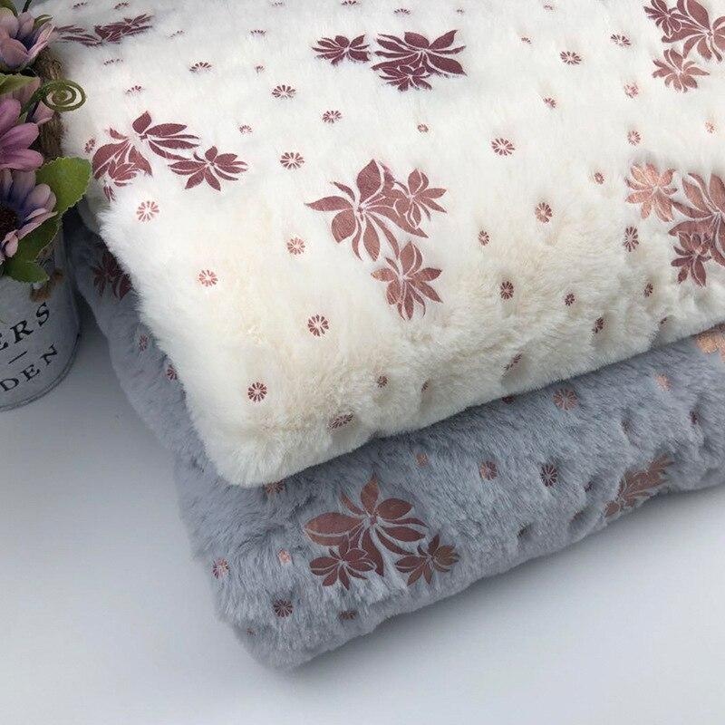 Reliable Faux Fur Jacquard Plush Pheasant Cloth Fabric Home Textile Pillow Fabric For Fast Shipping Music Memorabilia