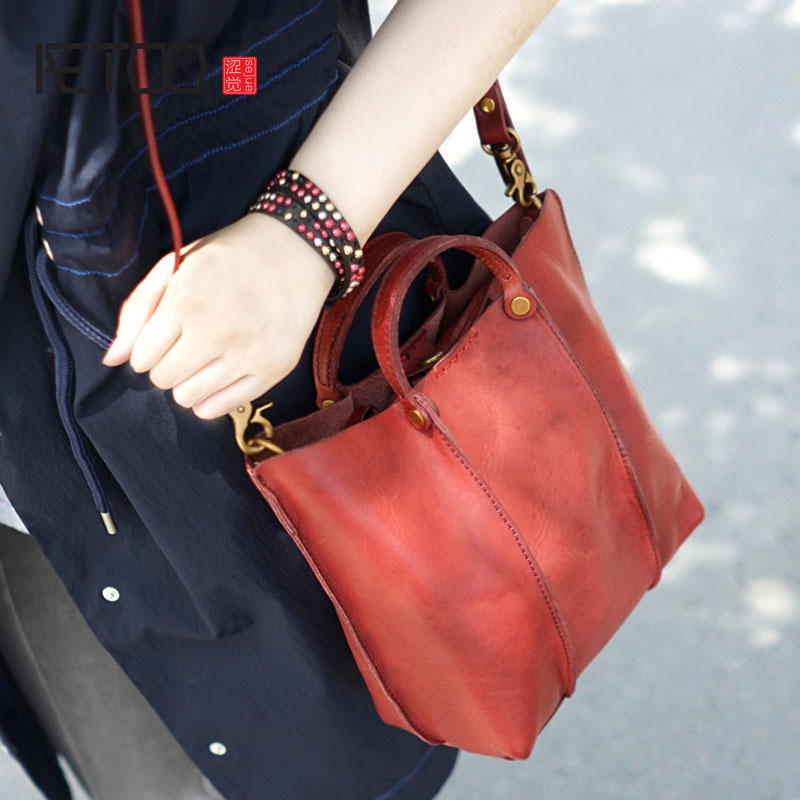 AETOO Hand-shoulder diagonal back portable female models leather leather vegetable tanned leather bag small retro make old neverout new crossbody handbag women messenger bag cover small flap bags fashion shoulder bags simply style genuine leather bag