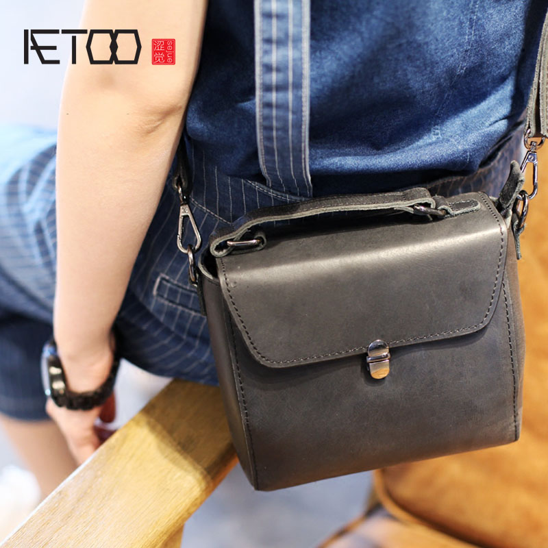 AETOO New Black Leather Retro Doctor Packs Mini Shoulder Clams Locks Slip Towers Handbags Bags сарафаны doctor e сарафан