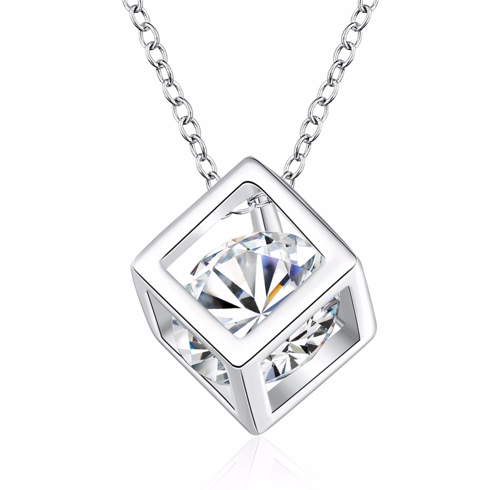 Hot new models 925 sterling silver jewelry fashion personality cube Ms. zircon pendant necklace retro classic