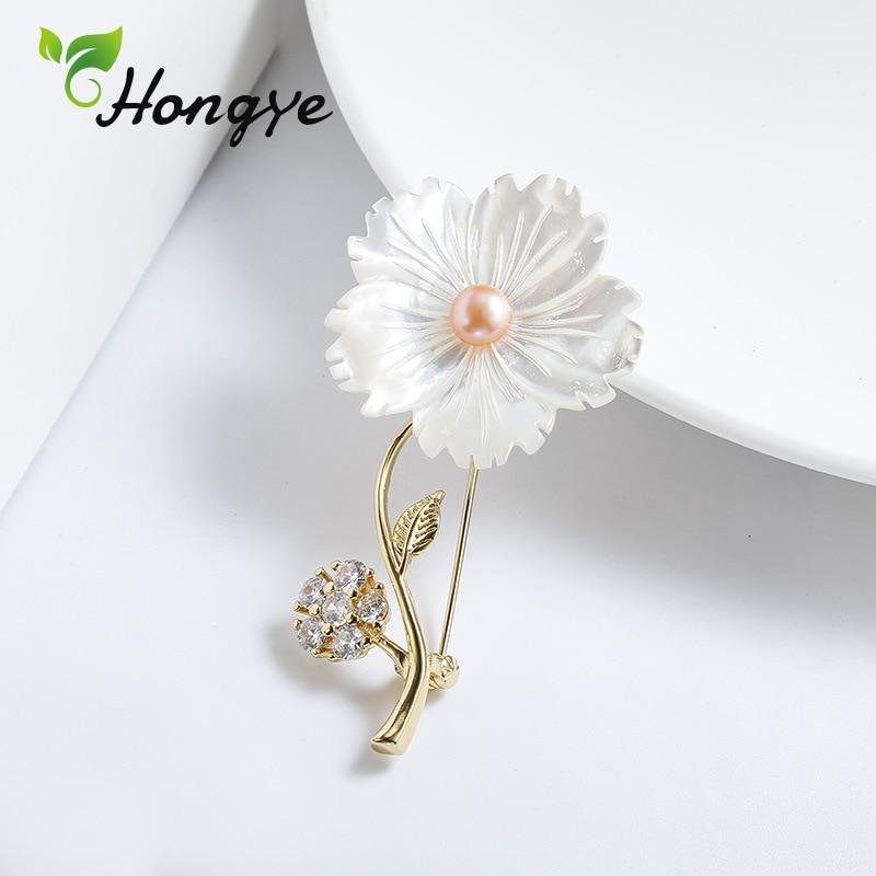 Hongye 925 Sterling Silver Brooches Women Designer Brand Zircon Insert Flower Pin Brooch Ladies Elegant Freshwater Pearl Brooch