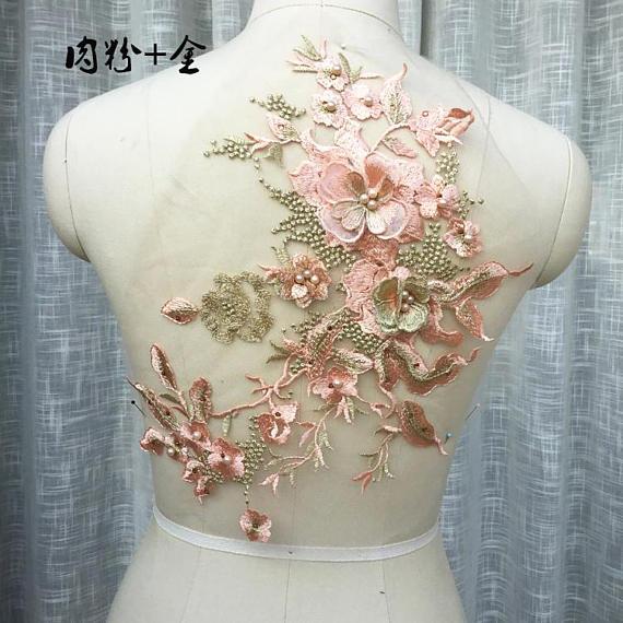 1784569a338e Rosa y de oro encaje apliques pesado cordón encaje apliques 3D de novia de  encaje apliques con diamantes de imitación 3d floral para el vestido de boda