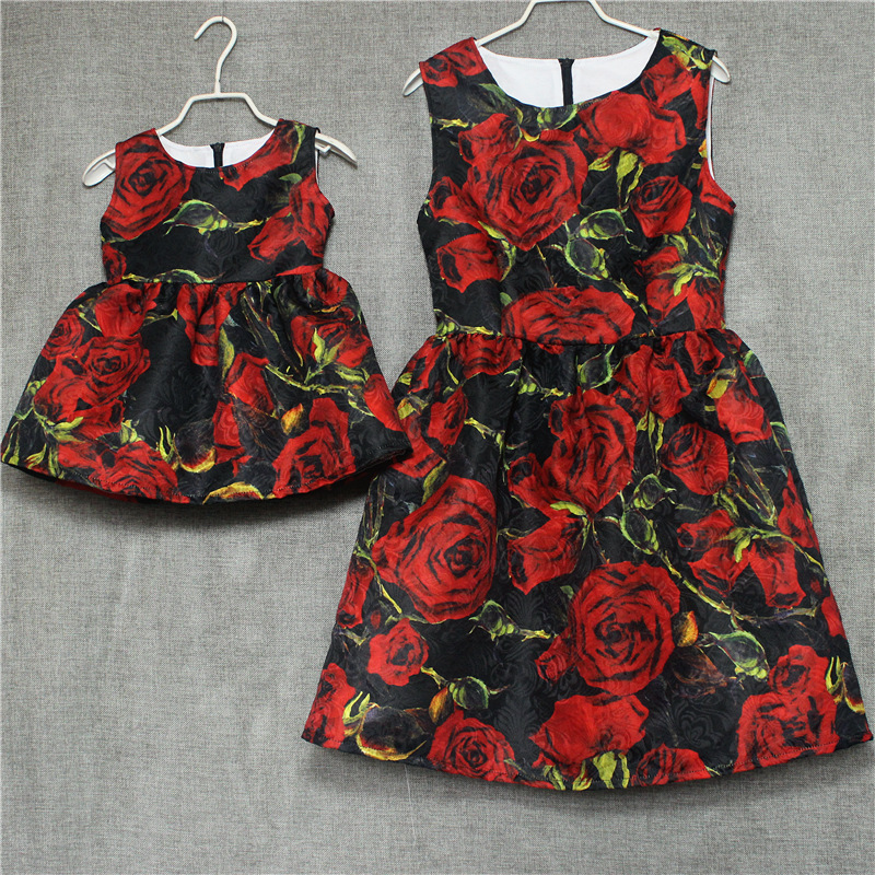 Family look clothes brand European black rose pleated a shape Sleeveless skirts women midi sundress mother and daughter dressesFamily look clothes brand European black rose pleated a shape Sleeveless skirts women midi sundress mother and daughter dresses