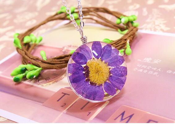Hot sale 10pcs/ Natural real dried flower Chrysanthemum necklace glass bottle pendant necklace